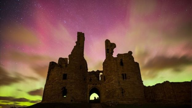 6th March 2016 aurora borealis Dunstanburgh Castle Alnwick Northumberland by Phil Pounder