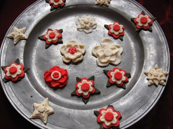 Plas Mawr Tudor Rose biscuits