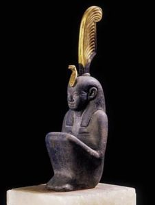 third-intermediate-period-ca-800-700-bce-from-khartoum-sudan-gold-and-lapis-lazuli-the-egyptian-museum-cairo