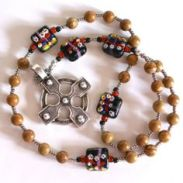 handmade-anglican-rosary-with-lampwork-glass-cruciform-beads