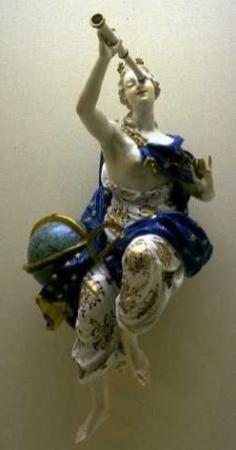 ourania-goddess-of-the-heavens