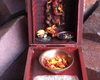 Hindu Altar Box